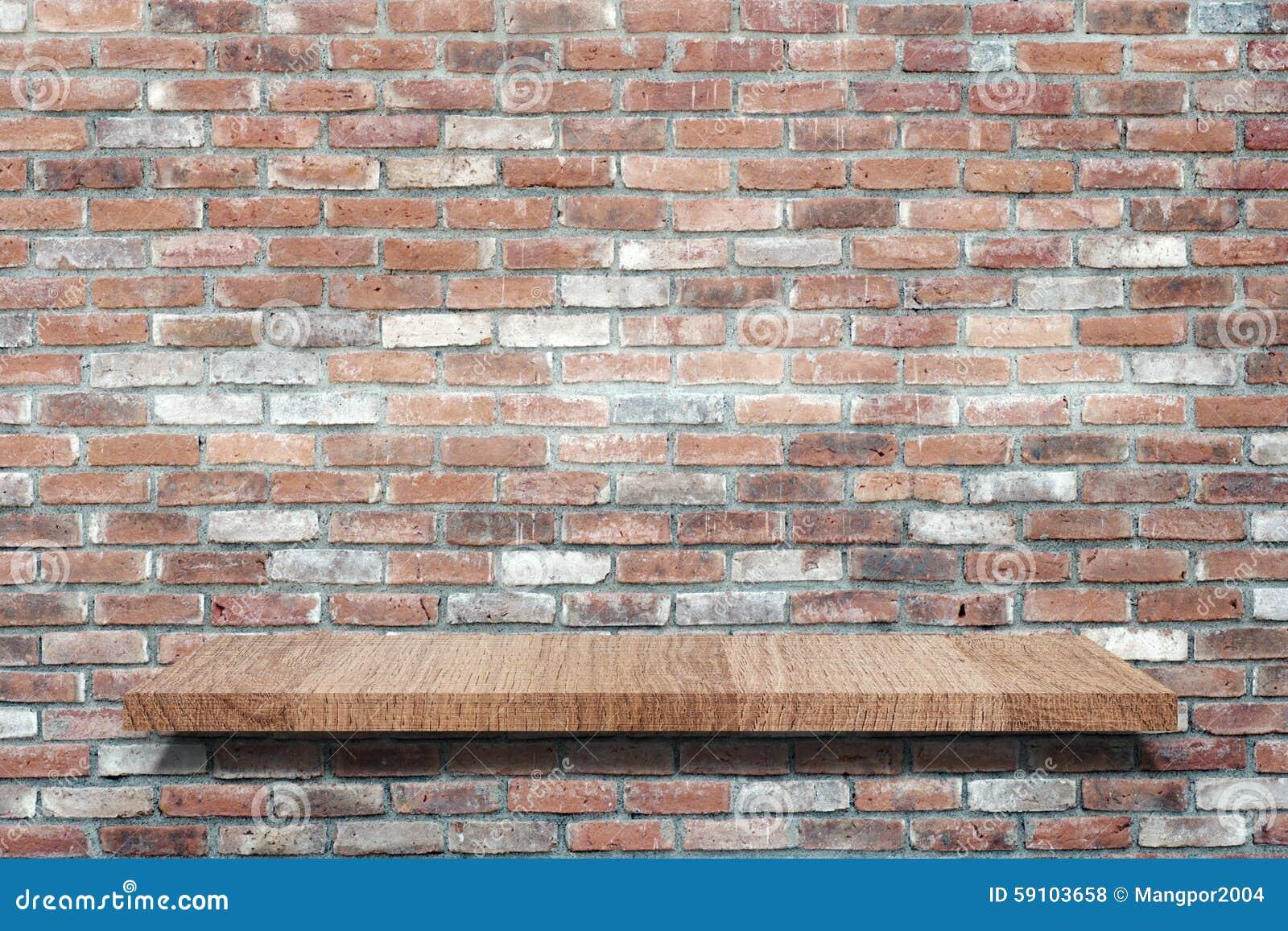 倒空在难看的东西砖墙板材,背景的木架子