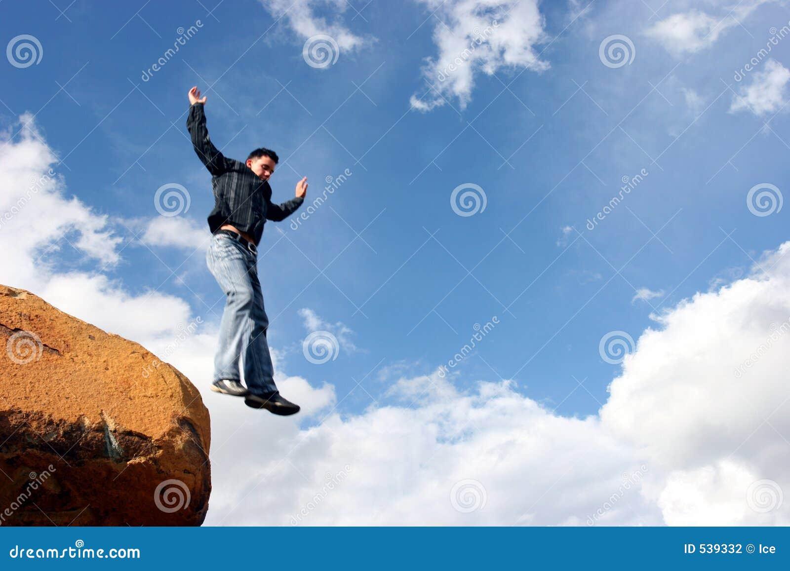 Download 倾没采取 库存照片. 图片 包括有 岩石, 退出, 云彩, 极其, 执行, 飞跃, 上升, 立场, 上涨, 室外 - 539332