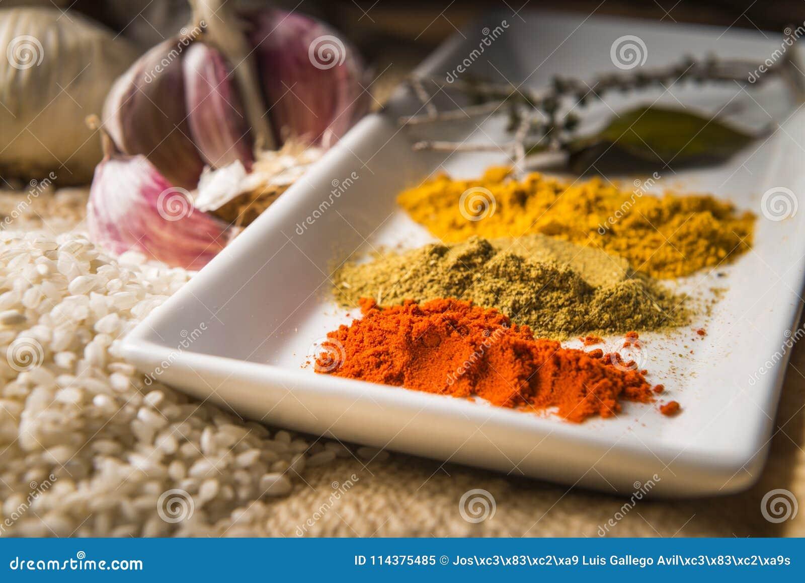 做米的成份炖与菜和香料