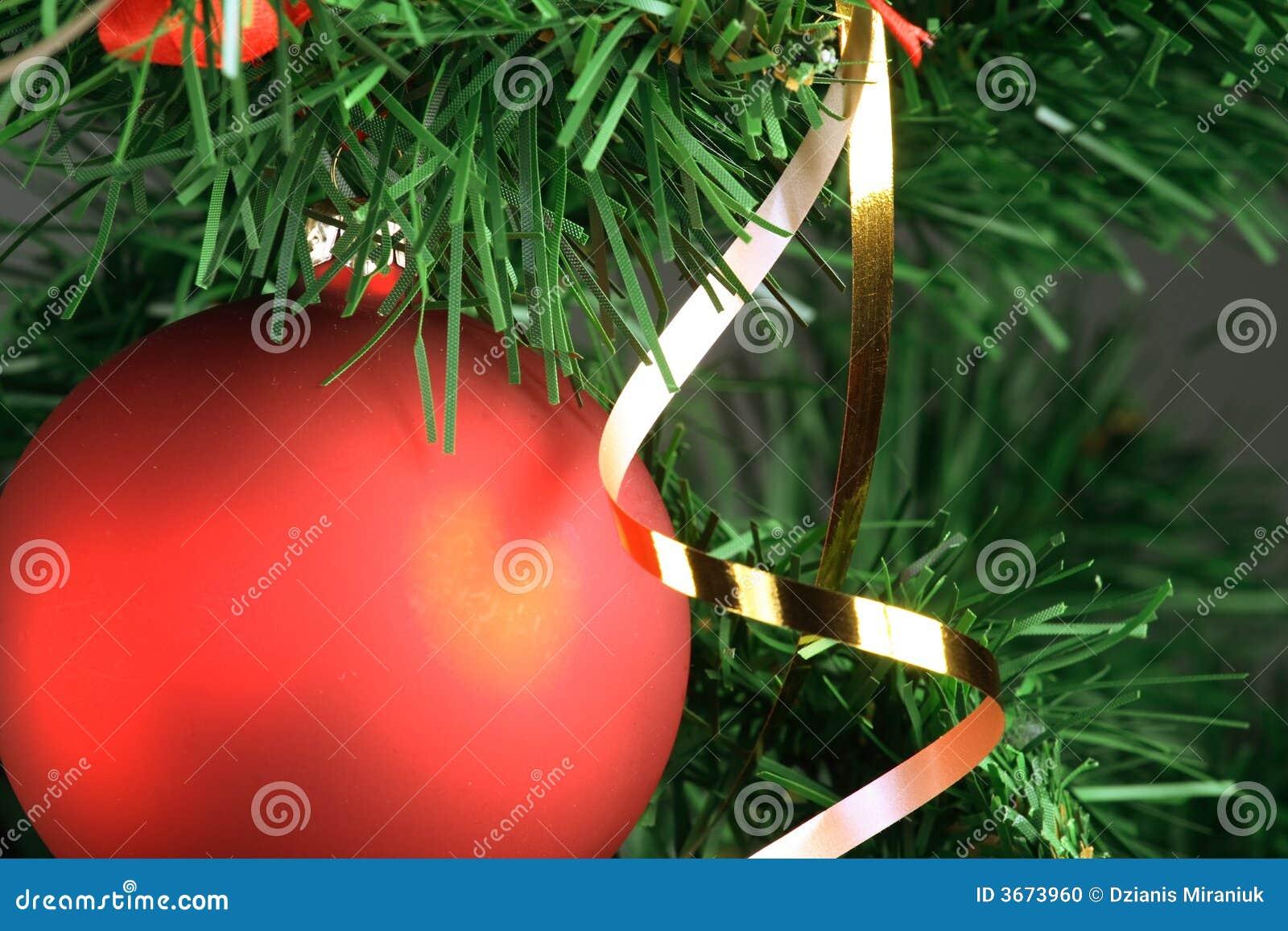 停止红色结构树的球圣诞节