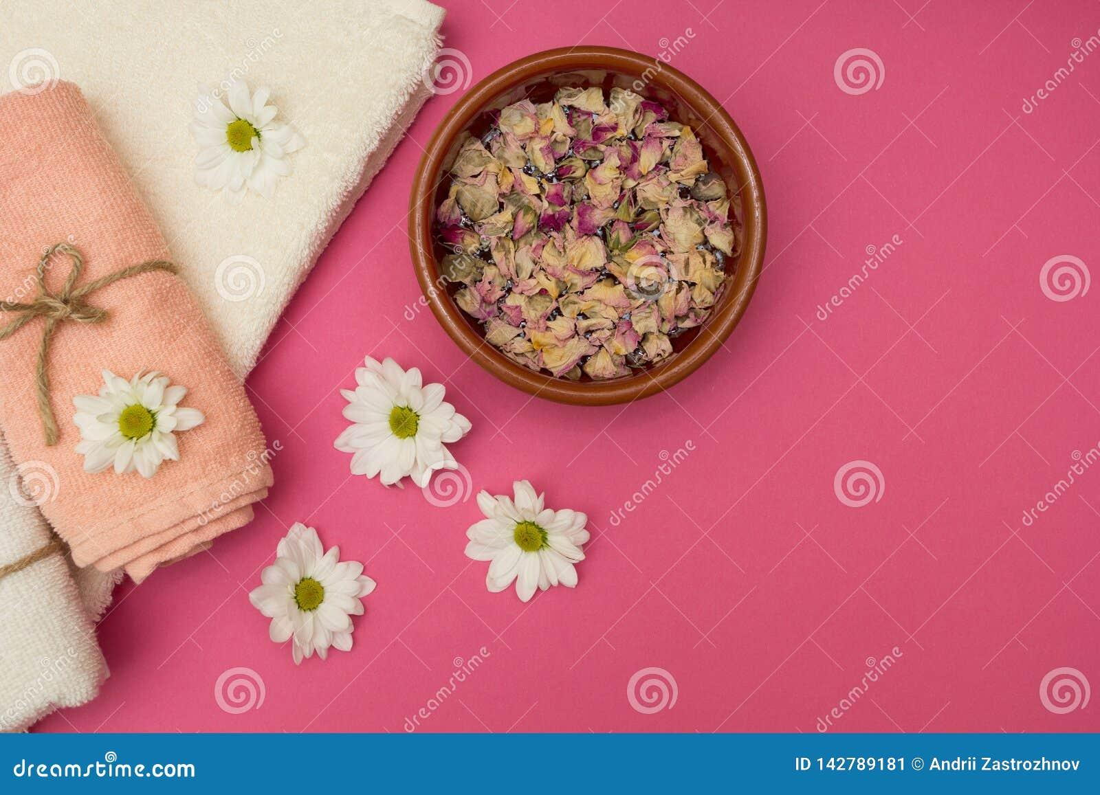 健康放松、疗法和治疗 开花毛巾
