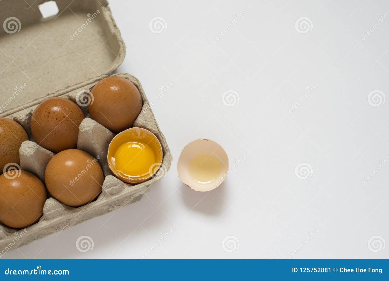 健康有机农厂新鲜的鸡蛋