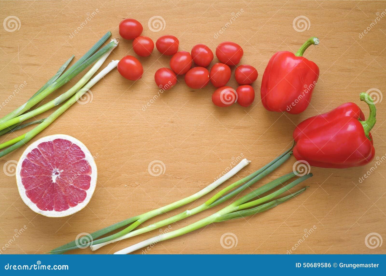 Download 健康概念的食物 库存照片. 图片 包括有 膳食, 胡椒, 食物, 蕃茄, 响铃, 本质, 草本, 烹调, 晚饭 - 50689586
