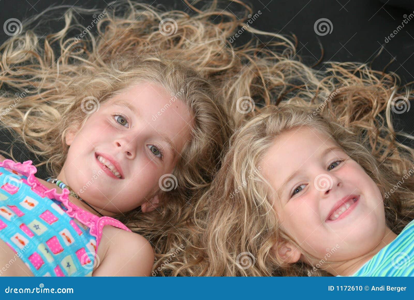儿童同卵双生