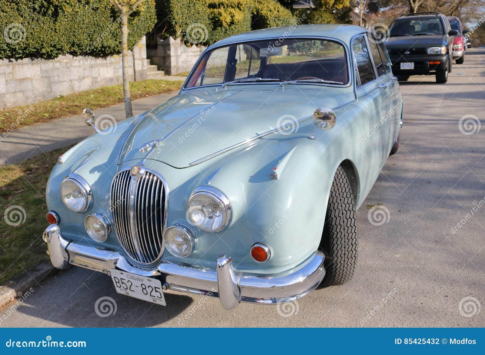 充分地被恢复的1948年捷豹汽车