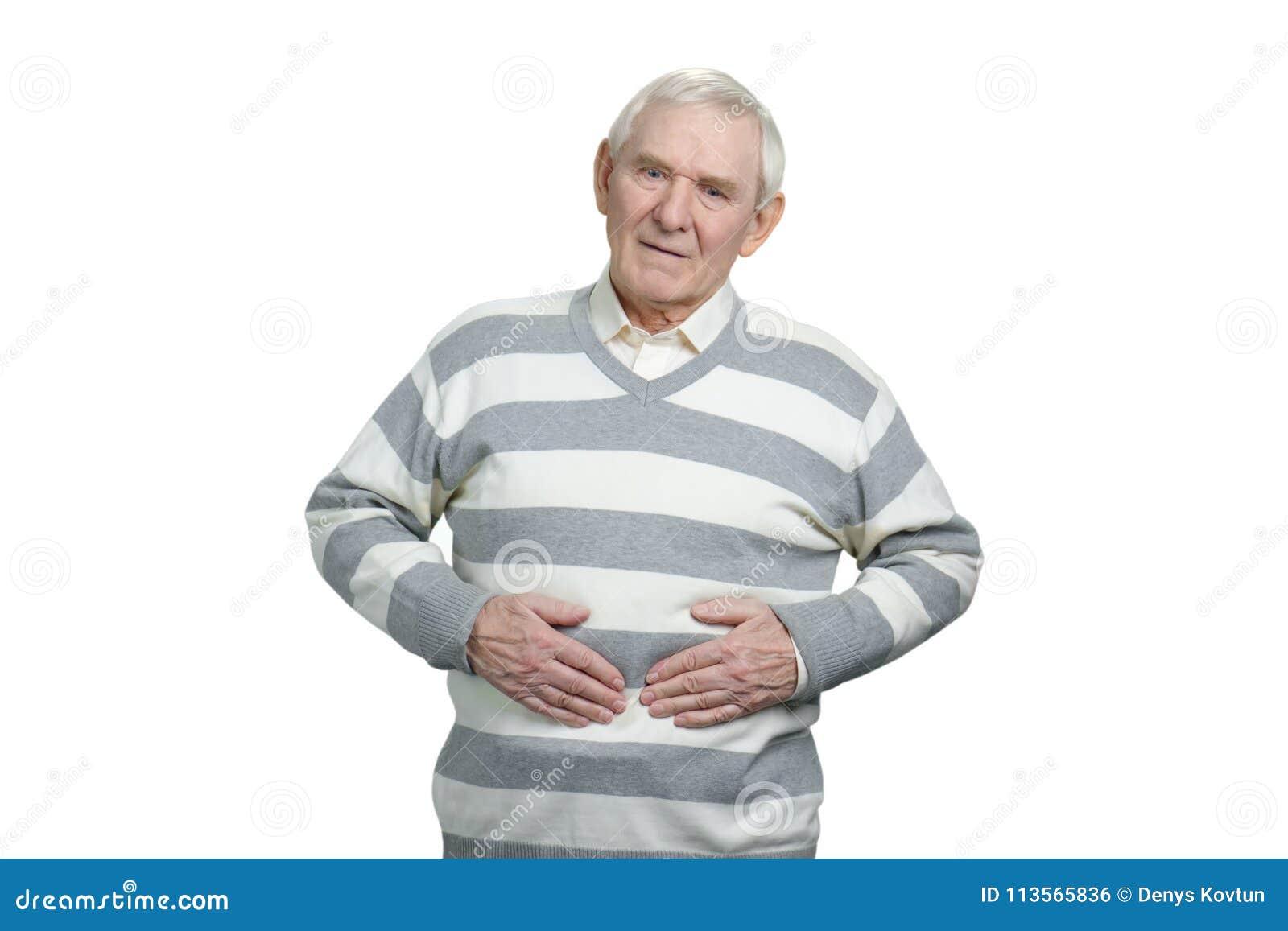 充满胃痛的年迈的人