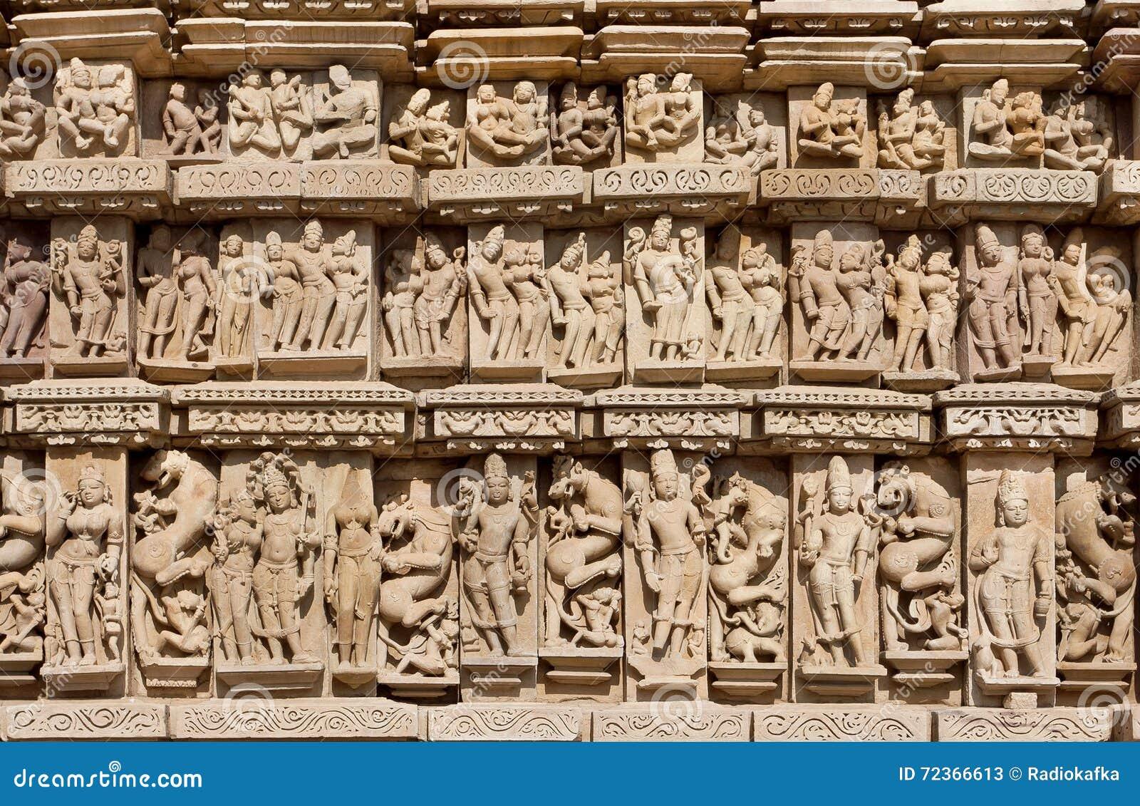 克久拉霍被雕刻的背景有印度神和女神的 科教文组织遗产站点