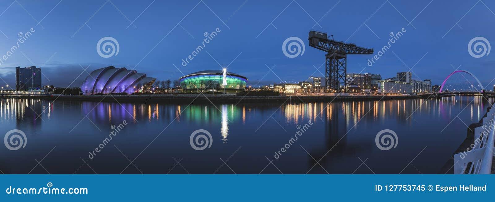 克莱德河的全景包括SSE水力发电、SEC犰狳、SEC中心和弧