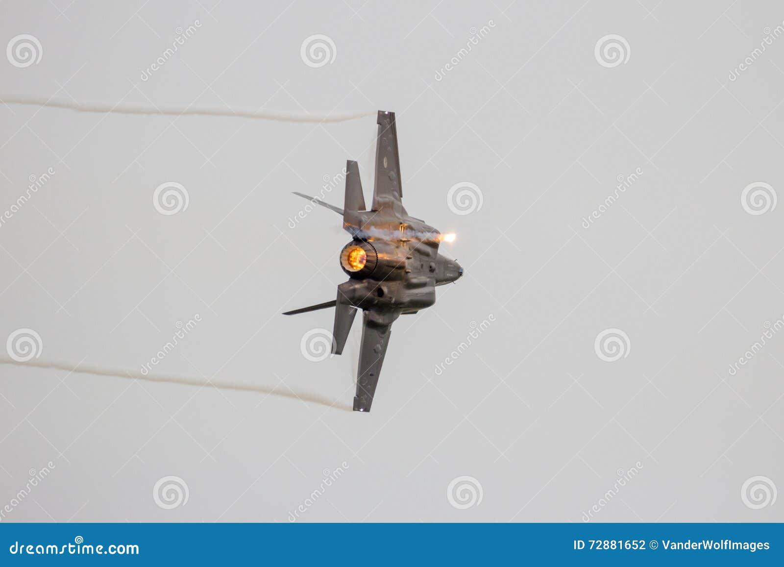 洛克西德・马丁F-35闪电II