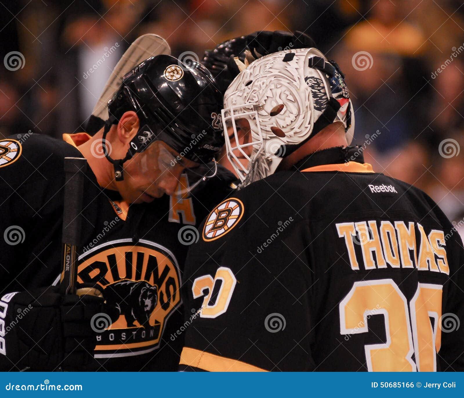 Download 克里斯凯利和提姆・汤玛士,波士顿熊 编辑类照片. 图片 包括有 运动员, 冰鞋, 风扇, 凯利, 守门员 - 50685166