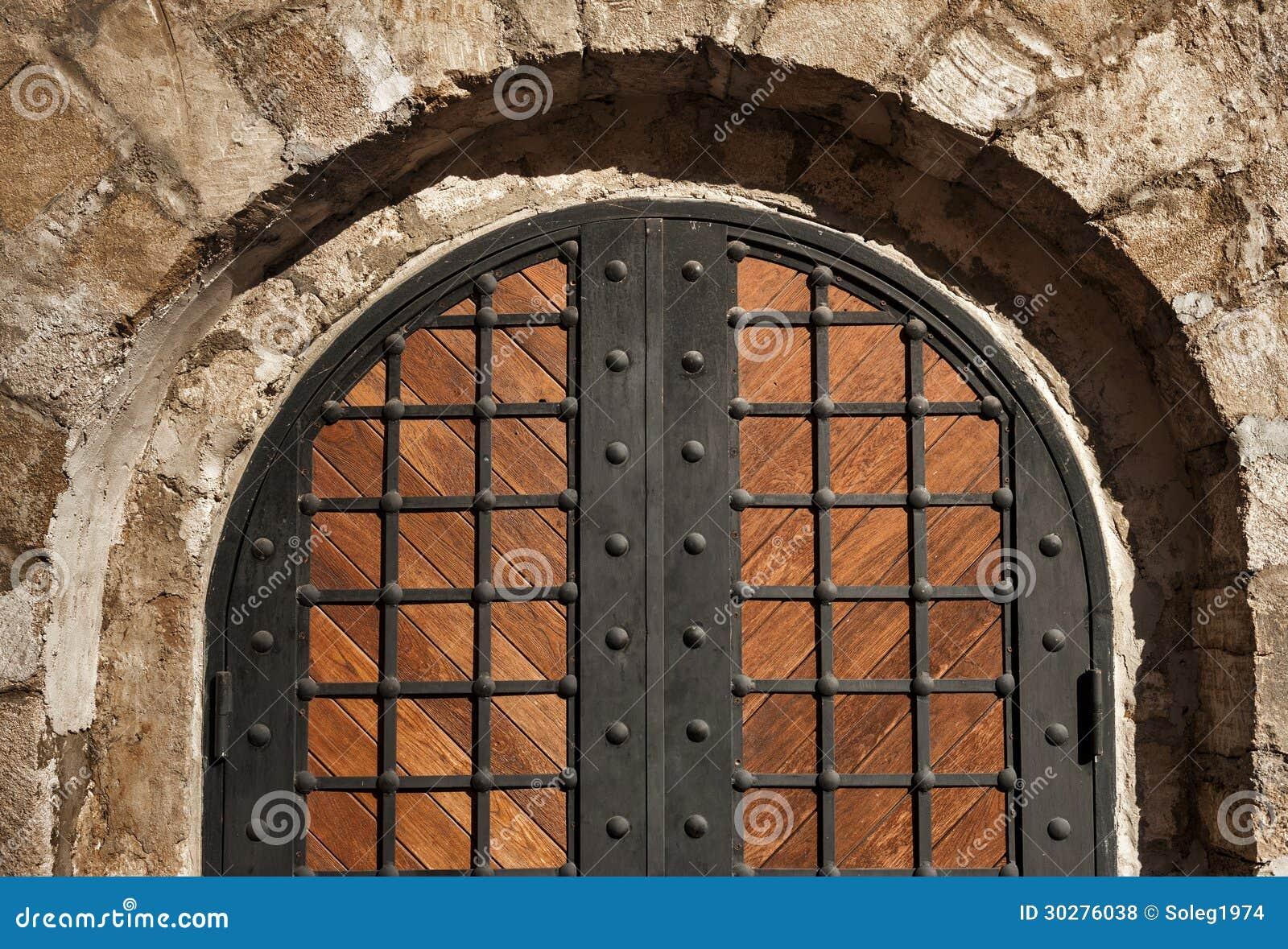 对城堡的入口