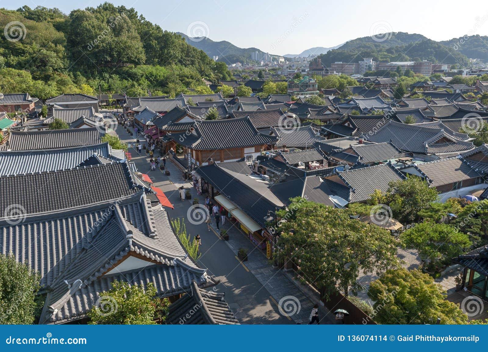 全州Hanok村庄,与韩国传统房子的普遍的旅游景点在韩国