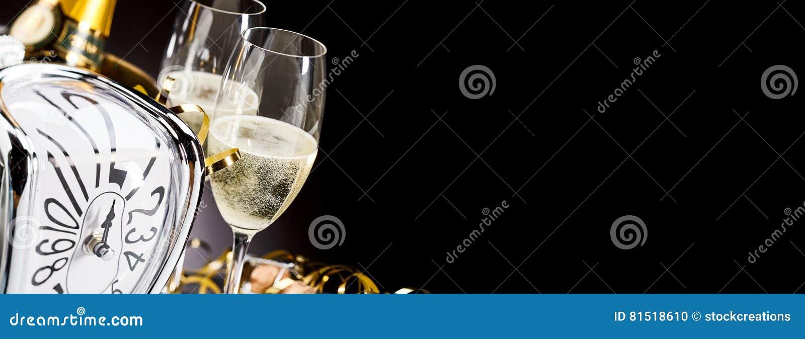 全景横幅用新年香槟