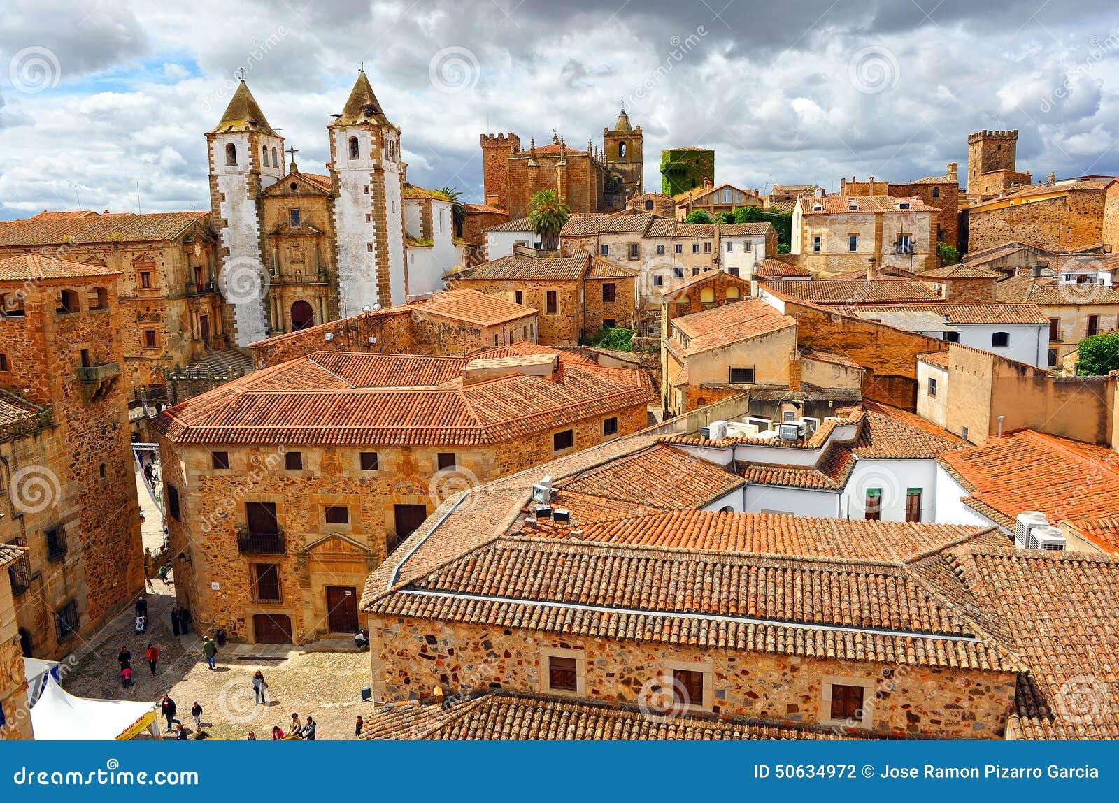 全景,中世纪城市,卡塞里斯,埃斯特雷马杜拉,西班牙