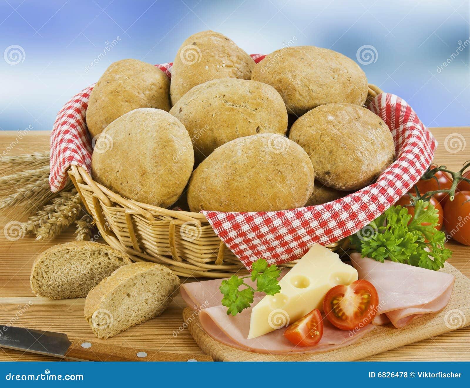 全麦面包的小圆面包