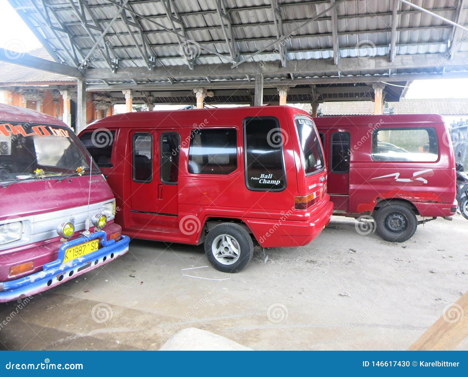 公共交通工具车在印度尼西亚