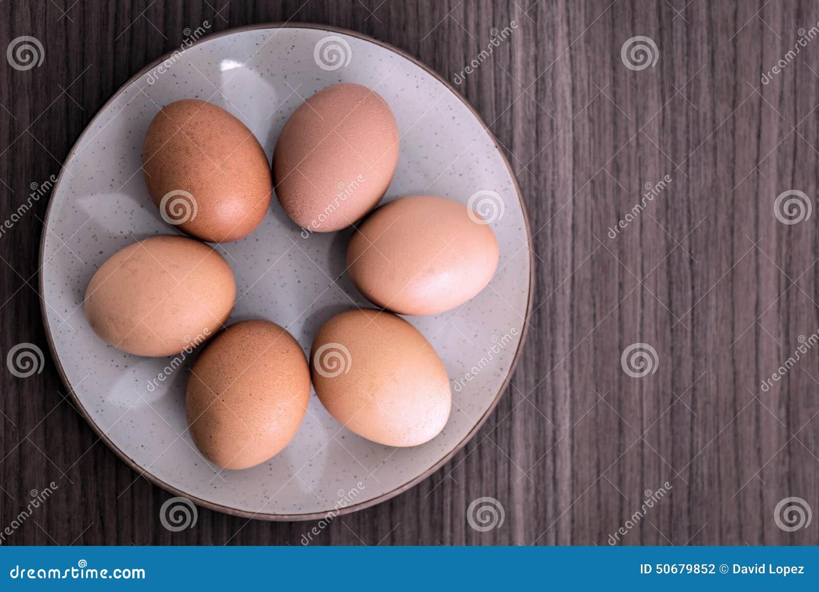 Download 六个鸡蛋 库存照片. 图片 包括有 鸡蛋, 市场, 卡路里, 节假日, 食物, 膳食, 饮食, 复活节, 烹调 - 50679852