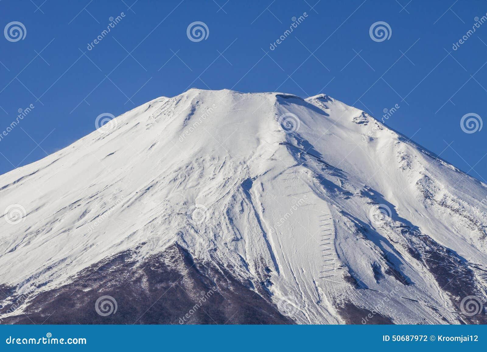 Download 关闭富士山在日本 库存照片. 图片 包括有 地标, 聚会所, 岩石, 天空, 空白, 关闭, 背包, 富士 - 50687972