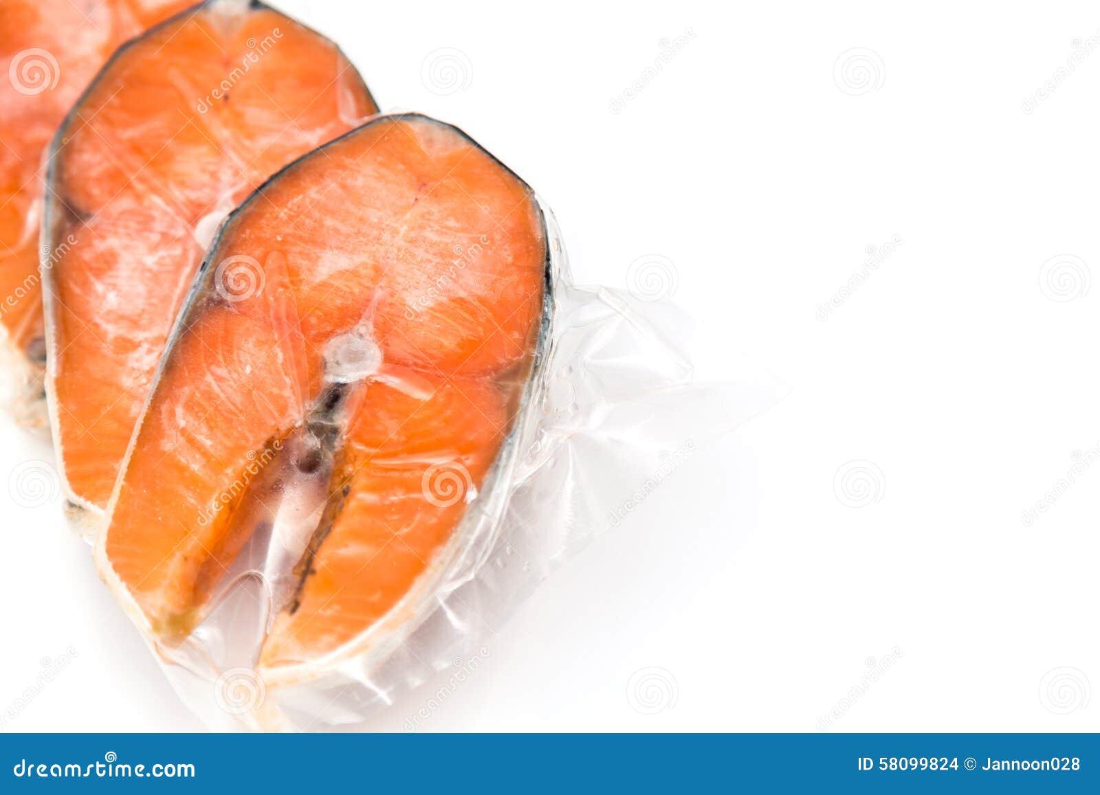 内圆角冻结的三文鱼