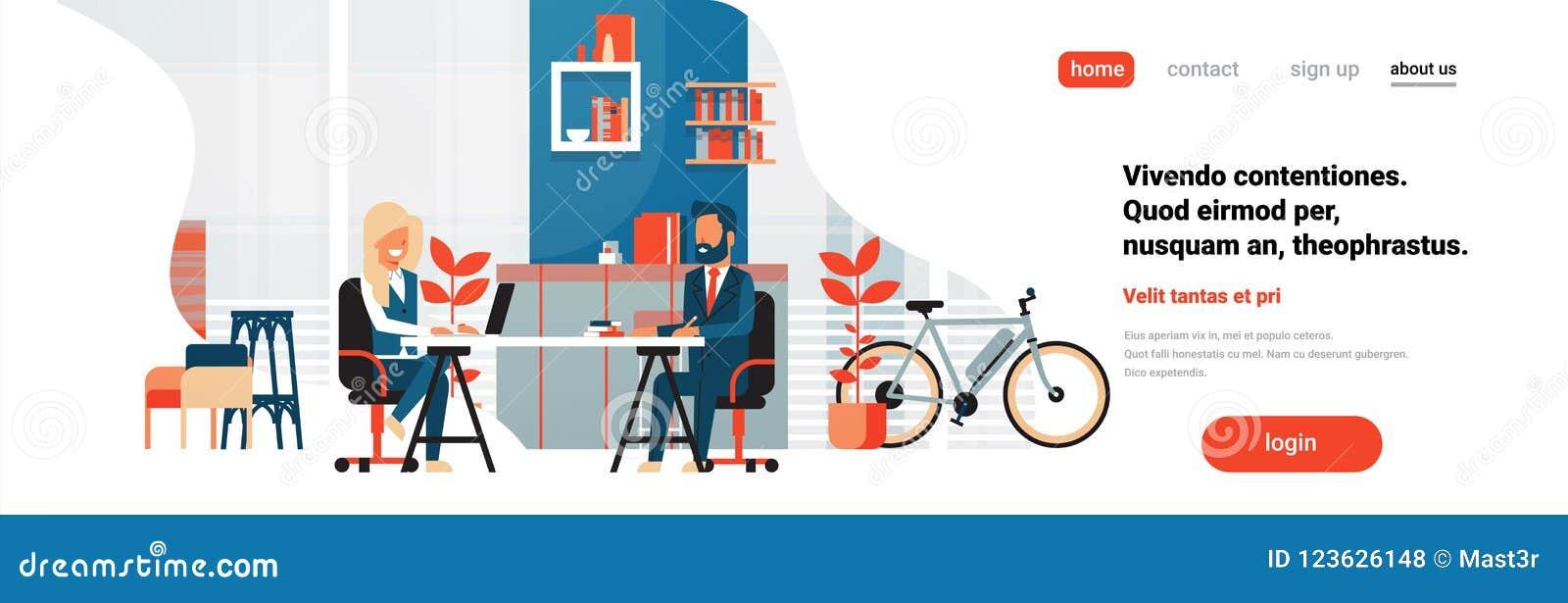 内部背景男女动画片的商人妇女坐的办公桌现代coworking的空间