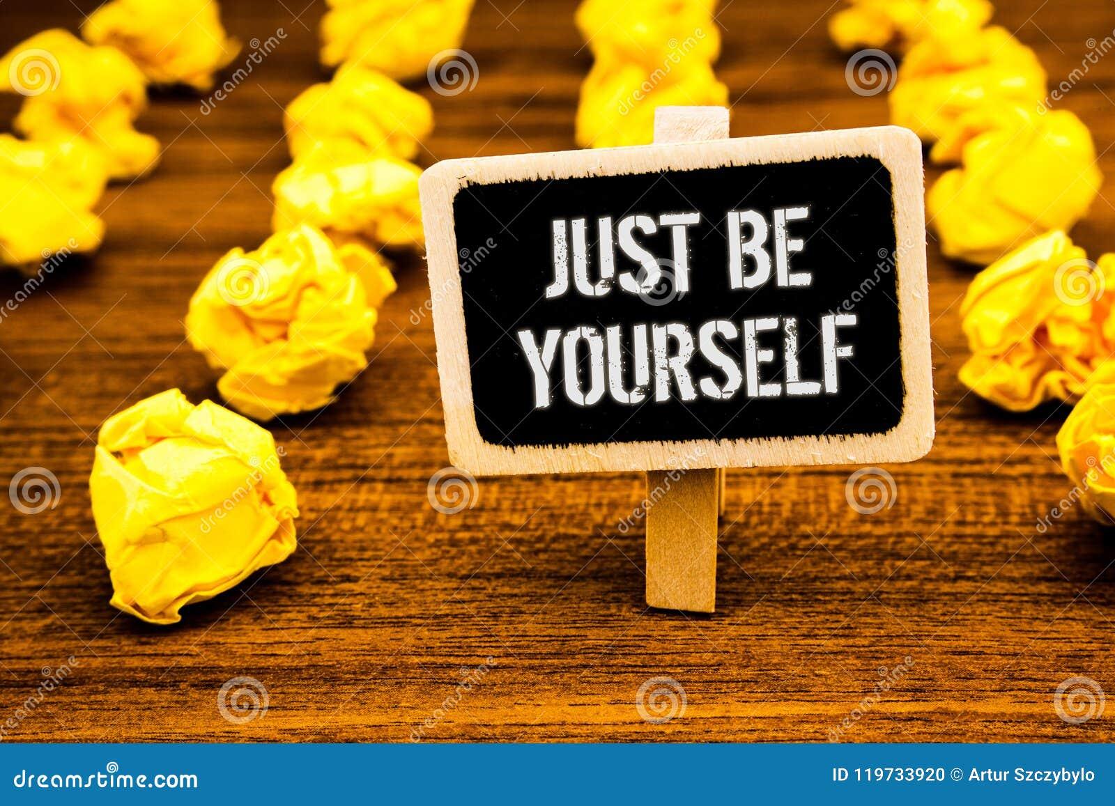 写手写的文本是你自己 概念意思自已态度信心真实的确信的诚实刺激白色文本b