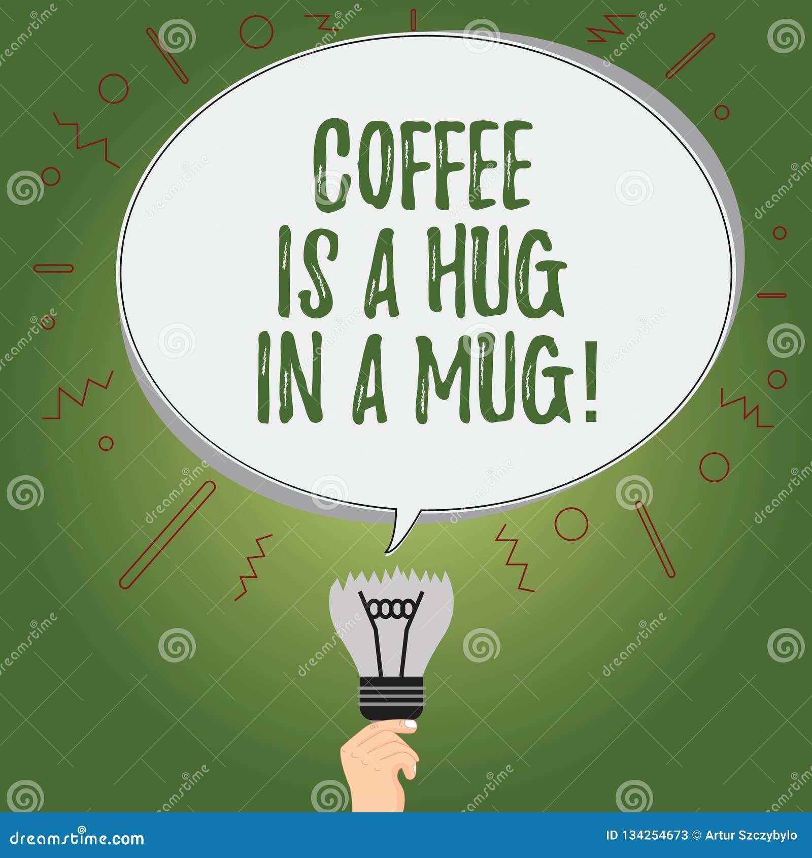 写显示咖啡的笔记是在杯子的拥抱 陈列企业的照片表达爱感觉通过给热