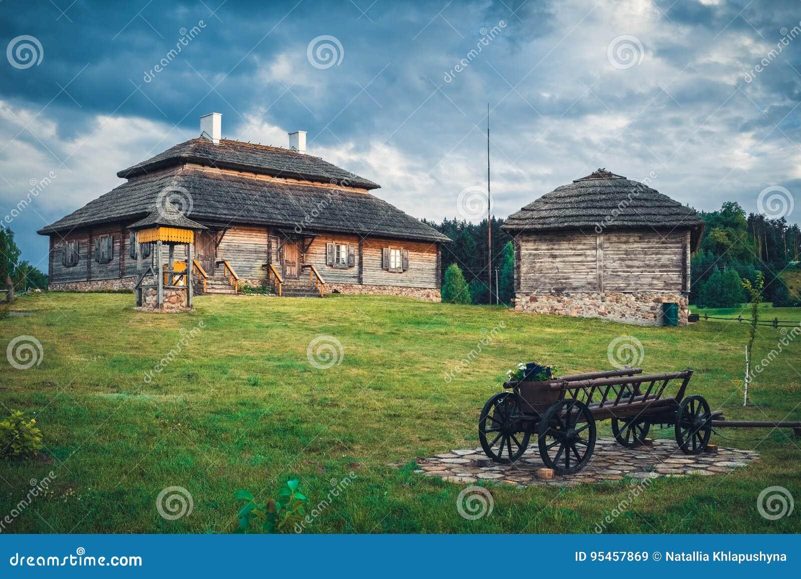 农村风景的,布雷斯特地区,白俄罗斯减速火箭的种族房子