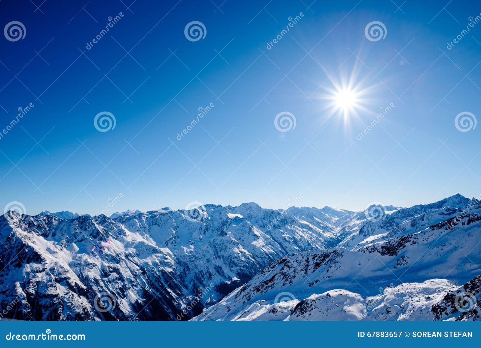 冬天妙境和天空