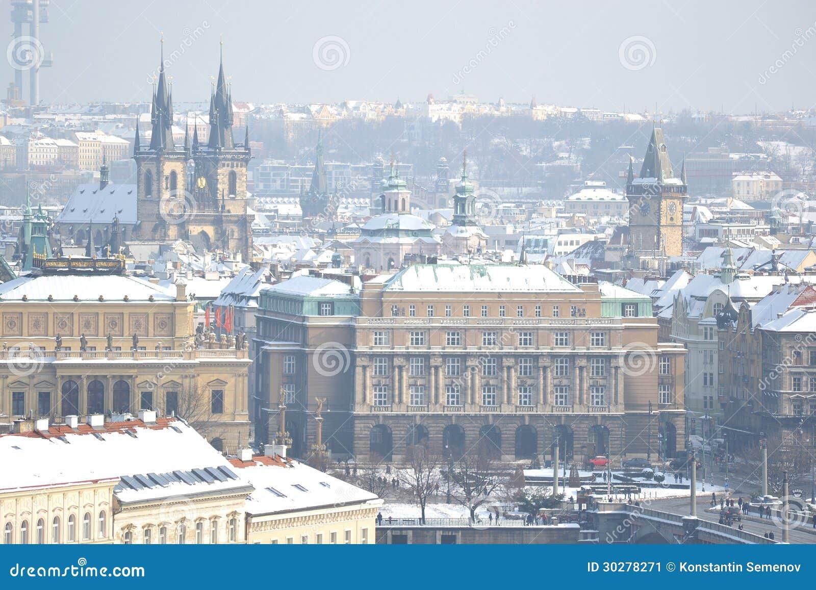 冬天的布拉格