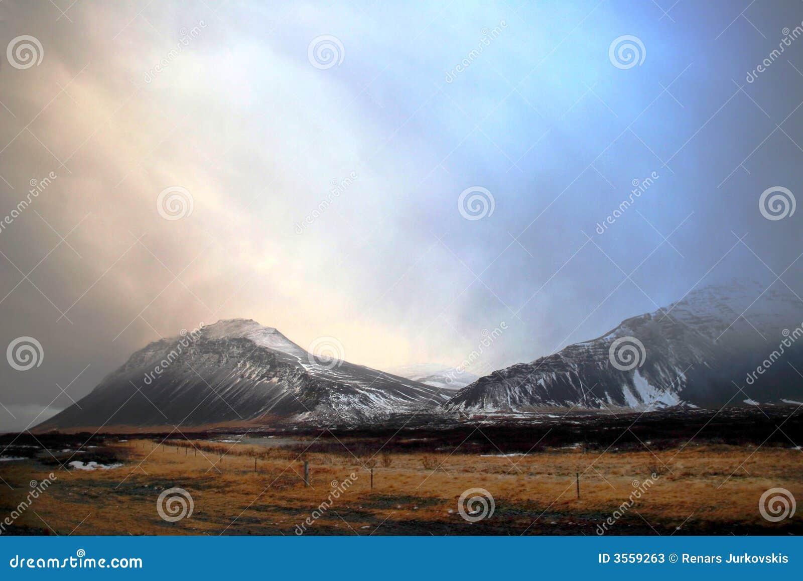 冰岛横向冬天
