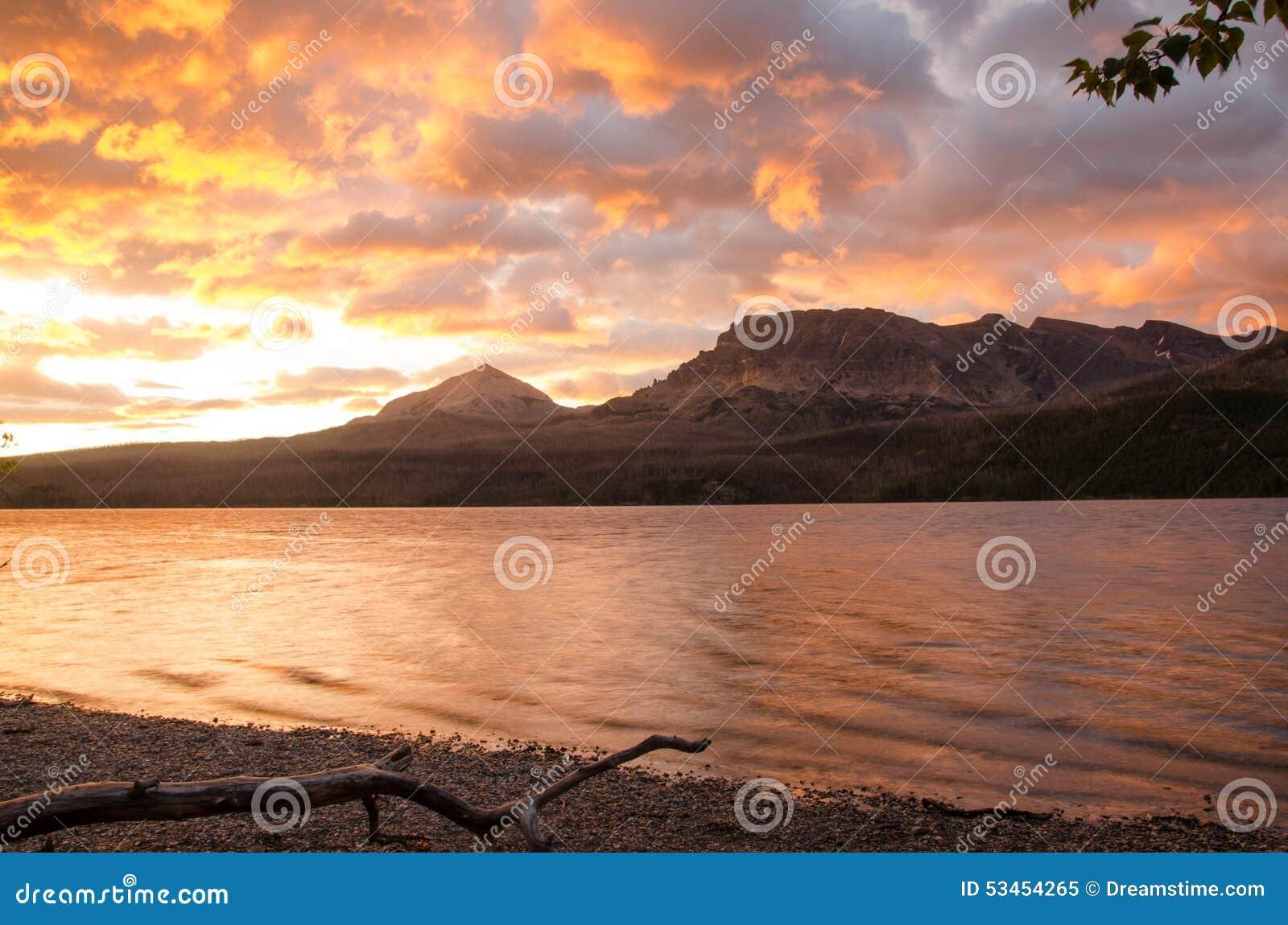 冰川国民公园日出