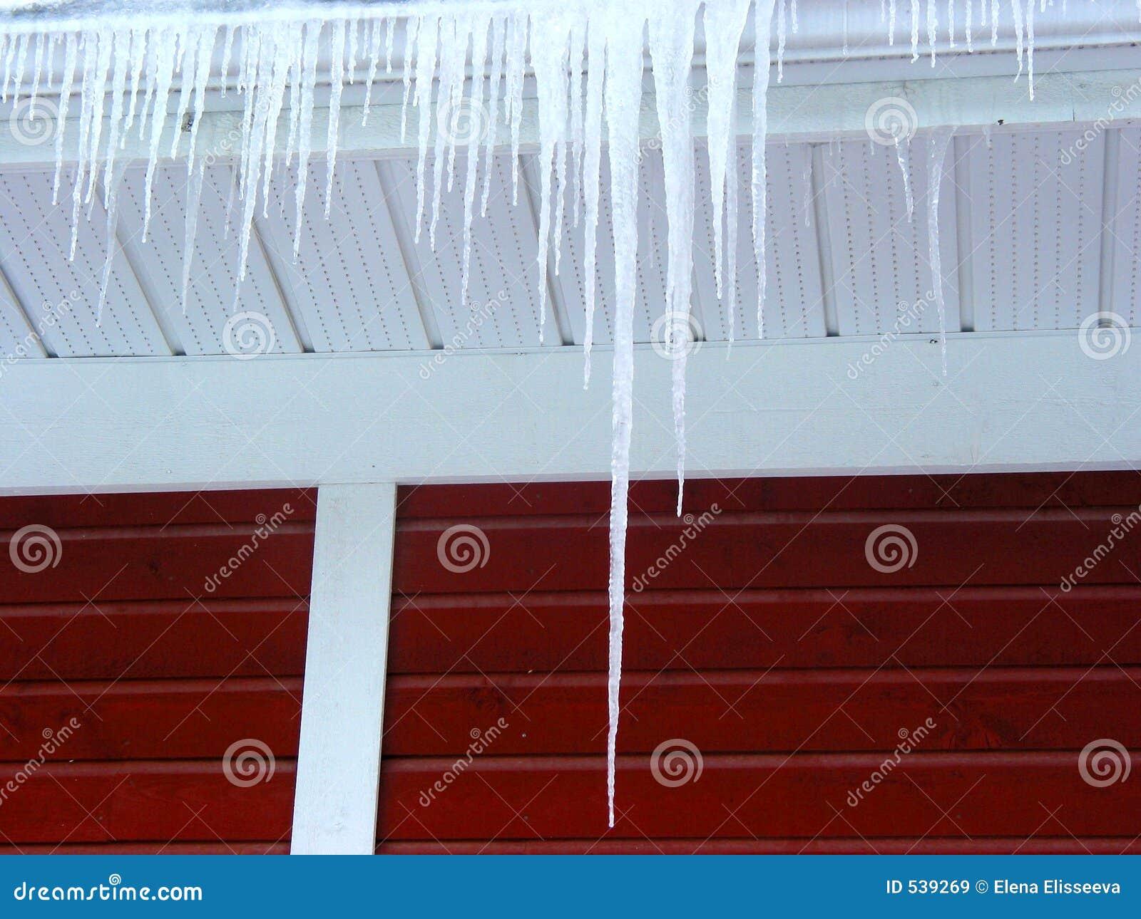 Download 冰柱 库存图片. 图片 包括有 边缘, 详细资料, 季节性, 红色, 墙壁, 季节, 冬天, 屋顶, 冰柱, 本质 - 539269