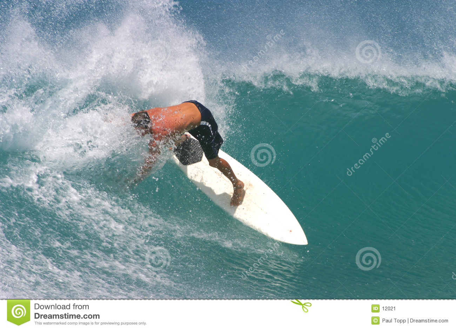冲浪板冲浪者冲浪的白色