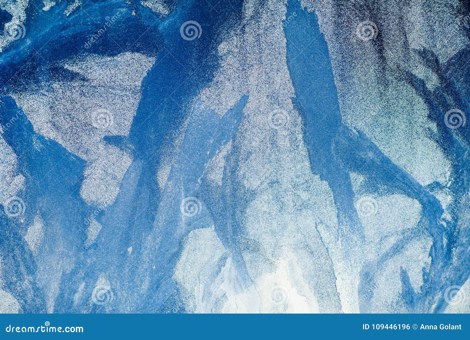 冷淡的模式视窗 背景美丽自然 背景能例证主题使用的冬天 特写镜头