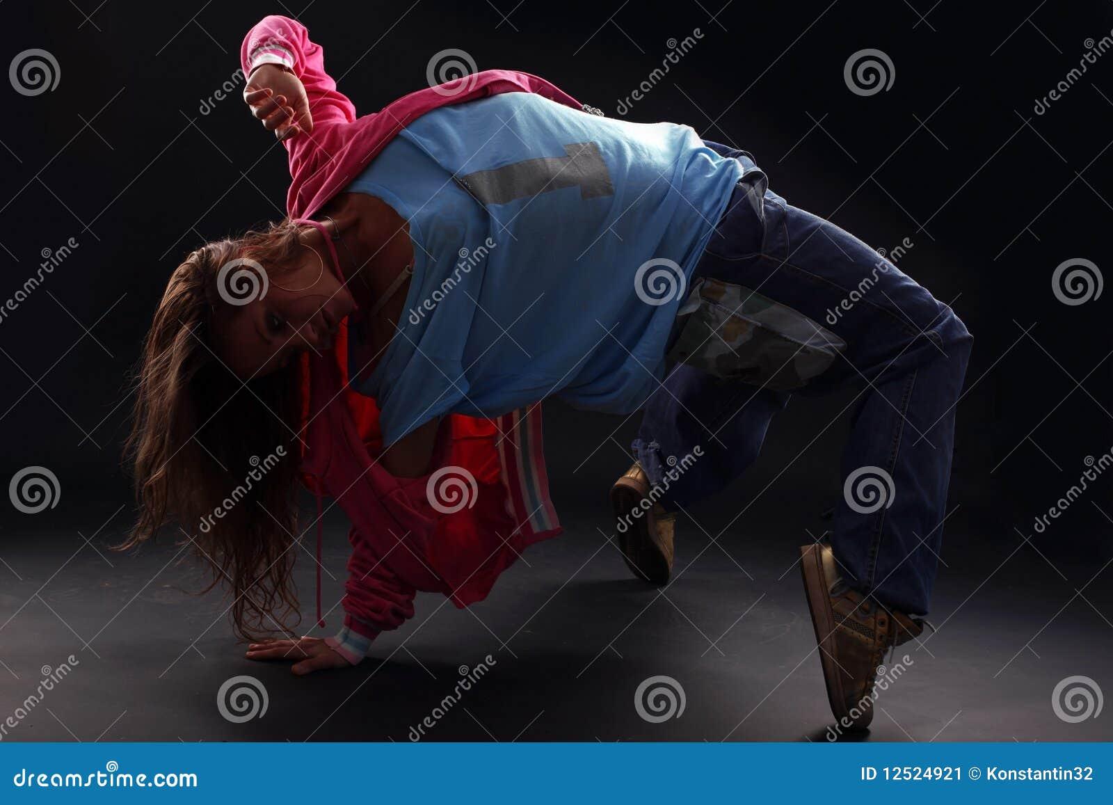 冷静舞蹈演员现代妇女