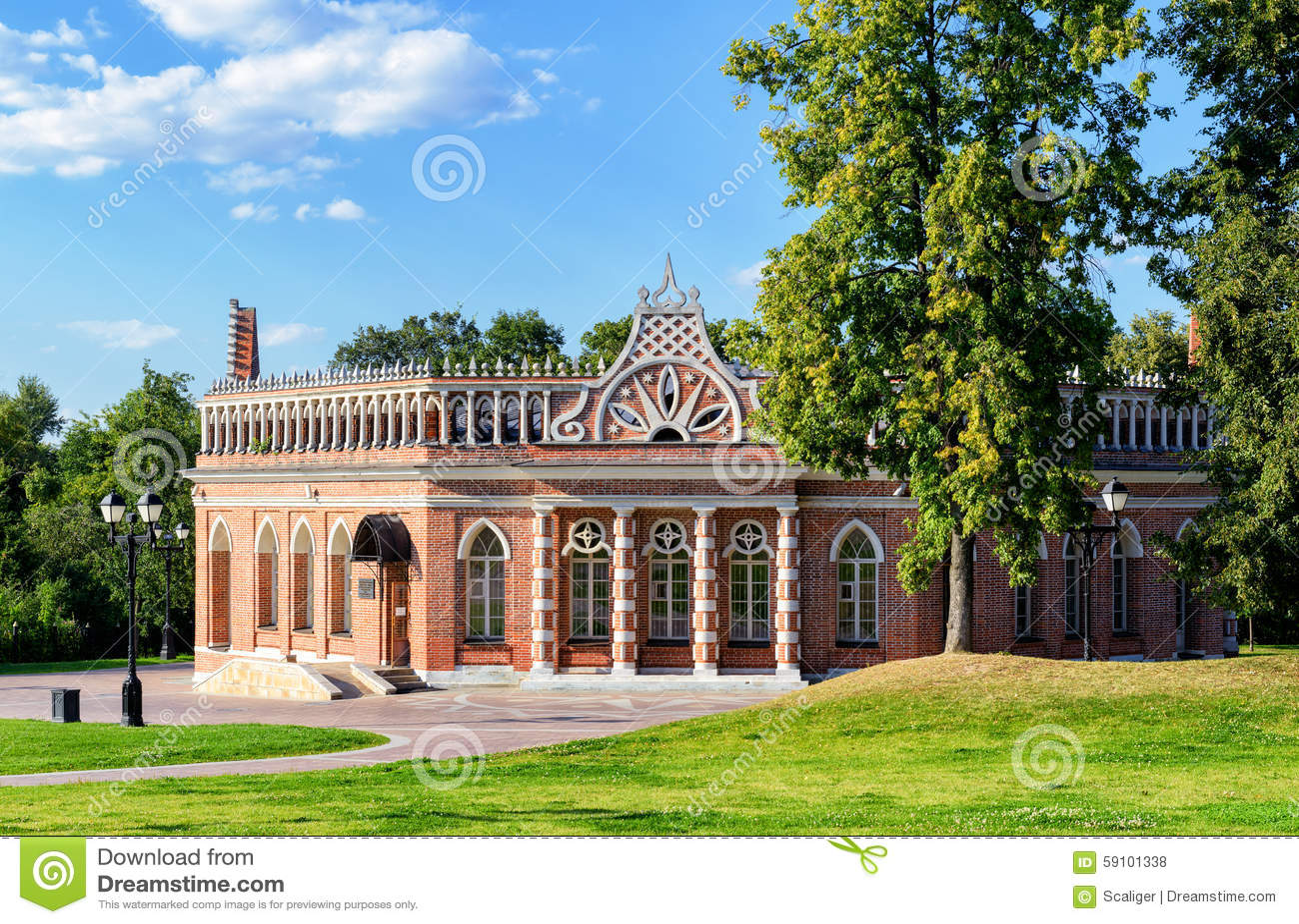 凯瑟琳宫殿的第二骑兵军在Tsaritsyno,