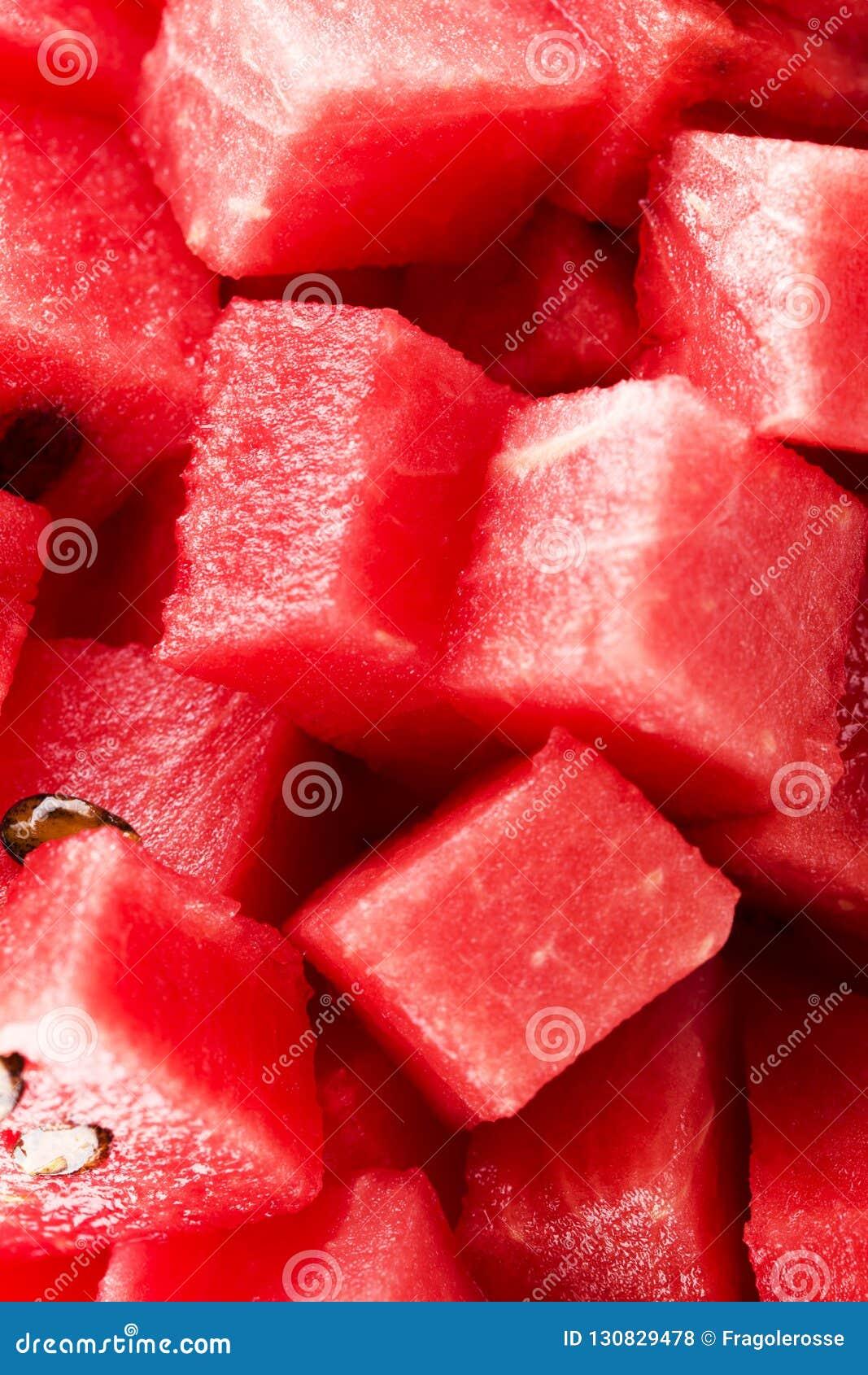切成小方块的西瓜