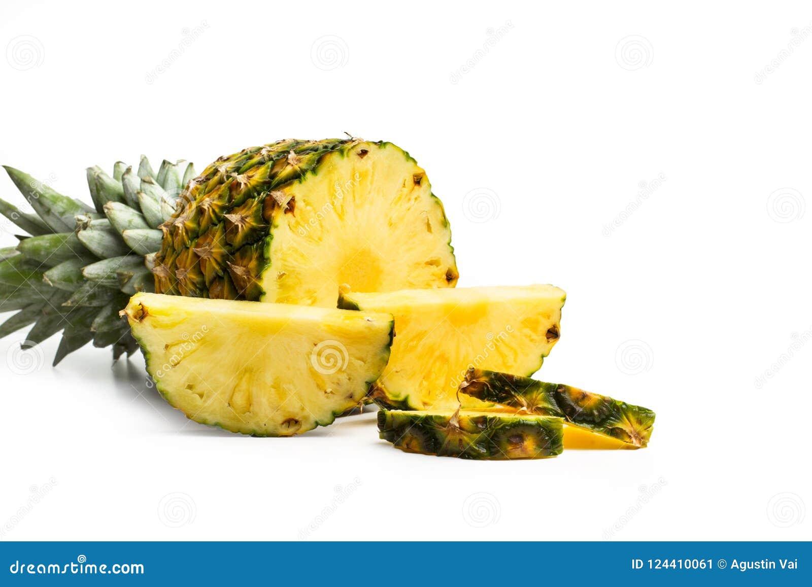 切片一个可口和水多的菠萝