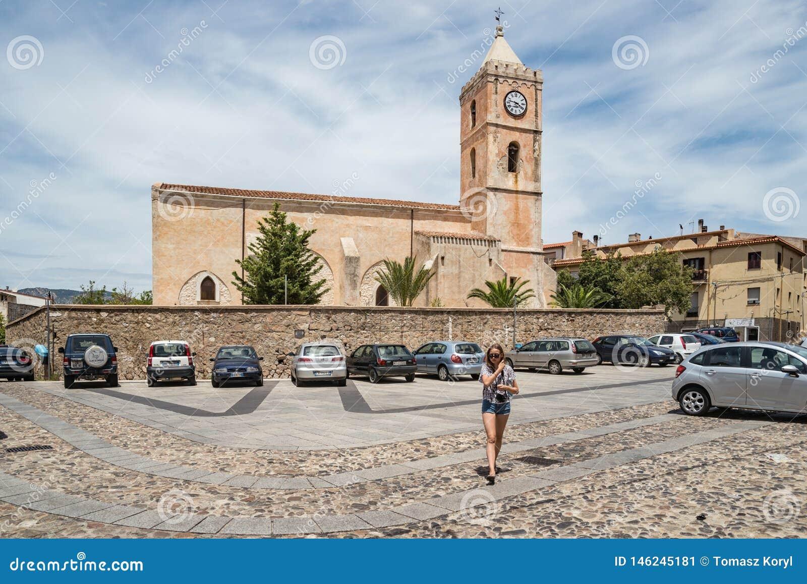 切萨圣马里亚马焦雷教会在奥列纳,广场S 玛丽亚,撒丁岛,意大利