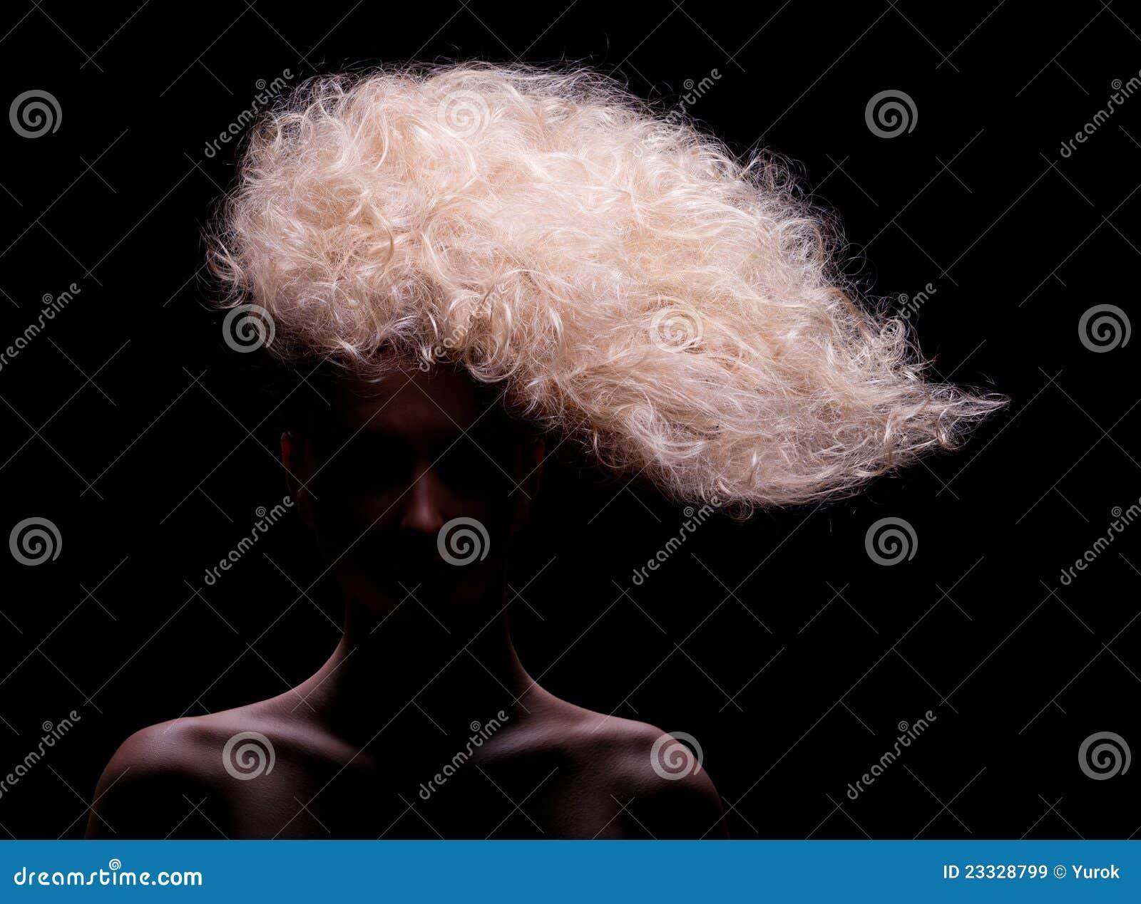 创造性的发型