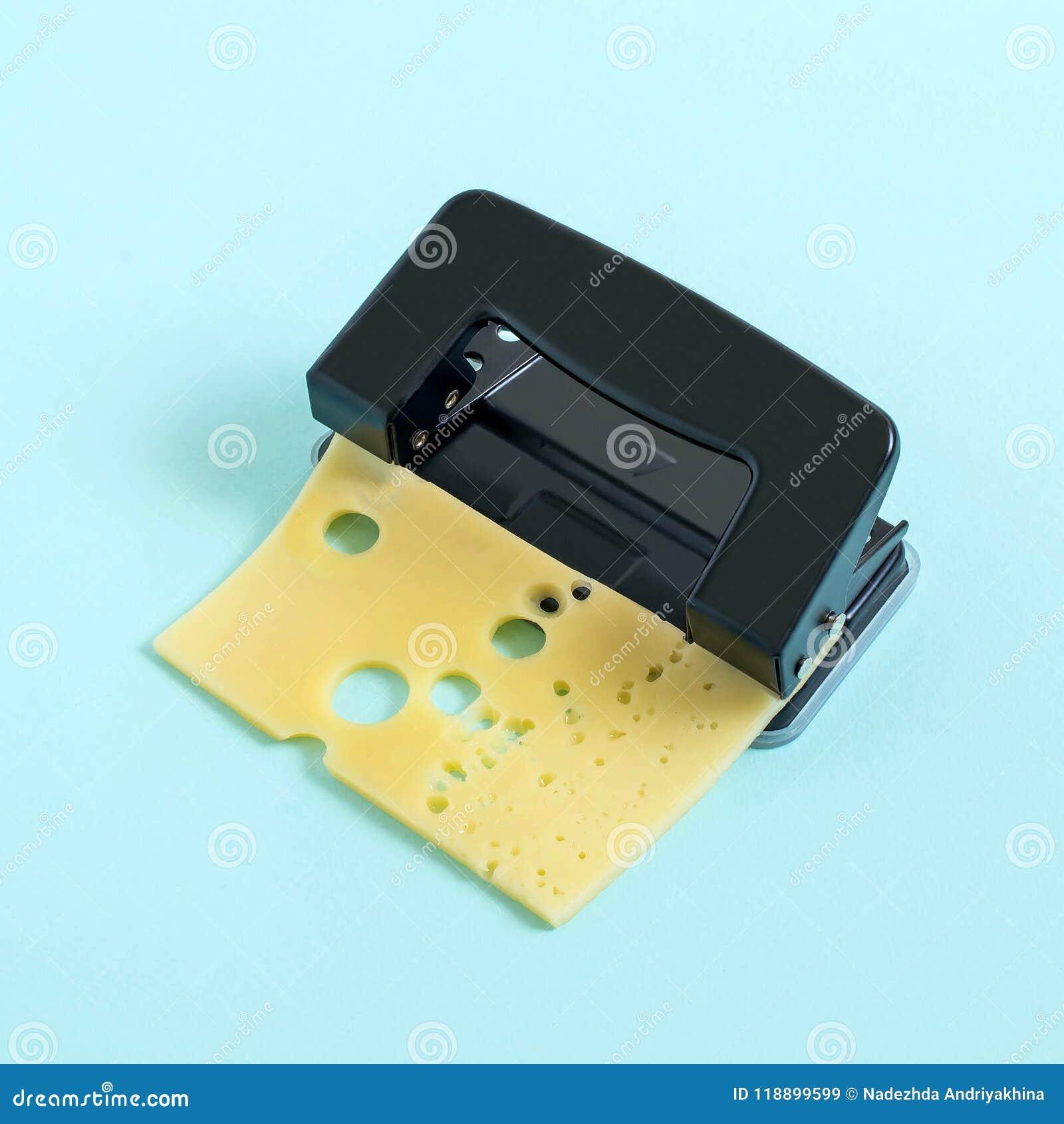 创造性的想法:在乳酪的穿孔使用拳打