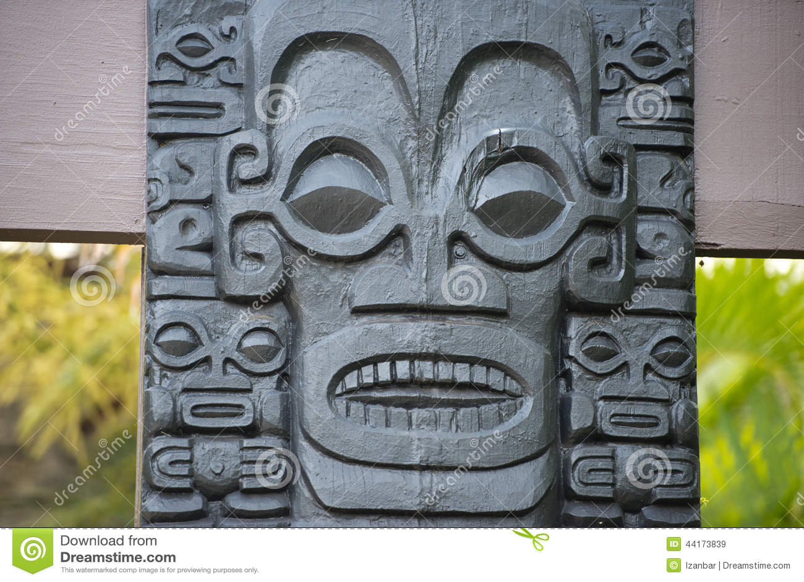 玻利尼西亚石雕象