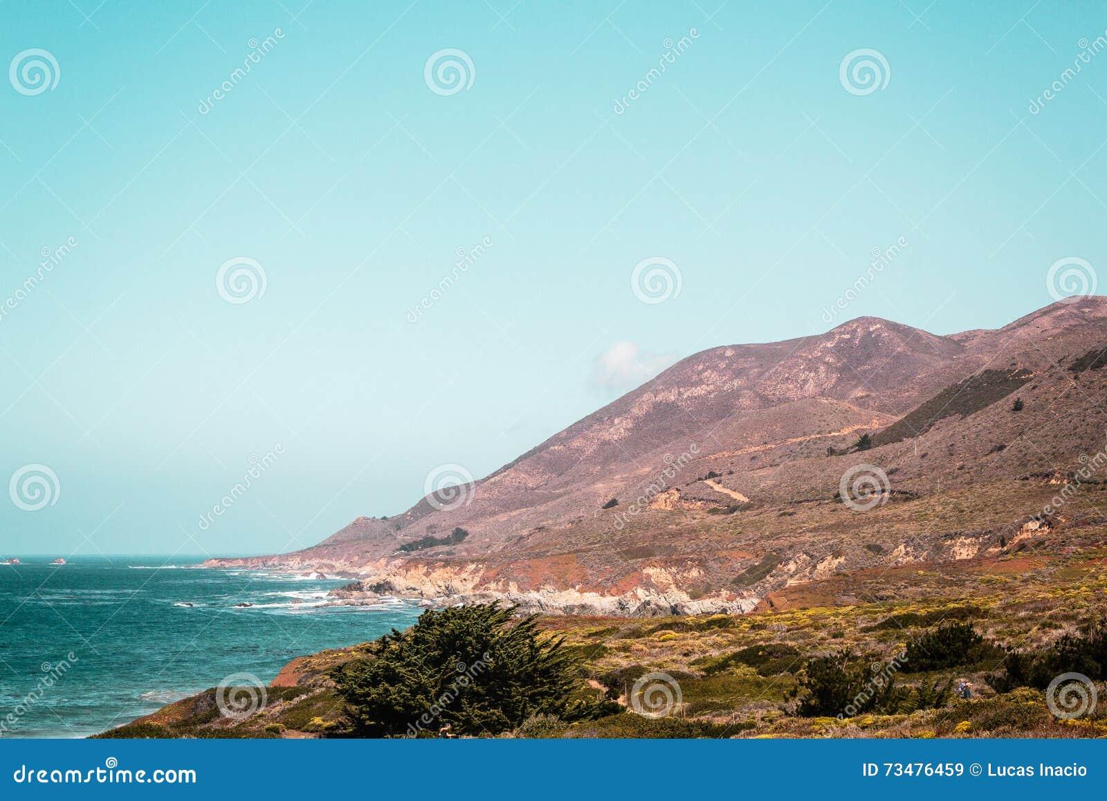 从加利福尼亚海岸的Oceanview,美国