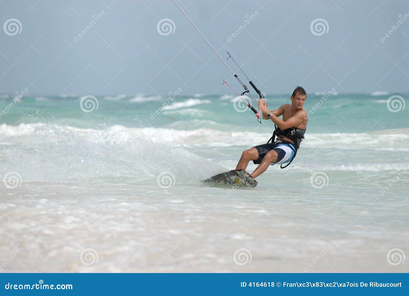 加勒比风筝冲浪者