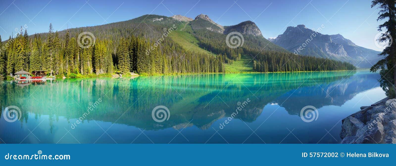 加拿大鲜绿色湖国家公园yoho