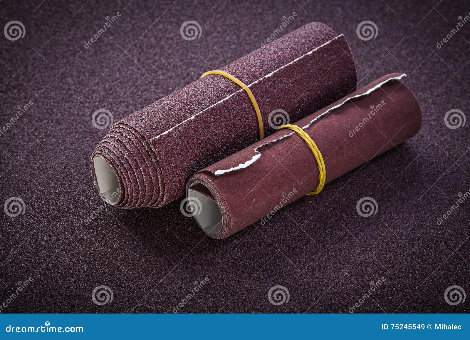 滚动的砂纸顶视图研磨剂工具