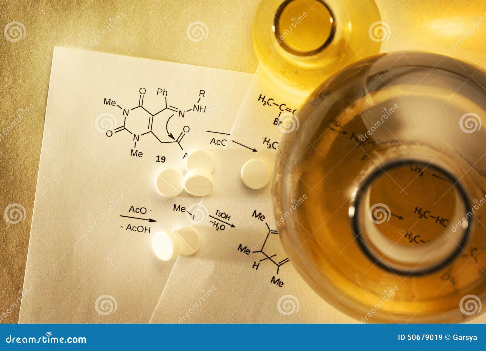 Download 化学和药片 库存图片. 图片 包括有 实验, 更改, 测试, 内在, 片剂, 试剂, 纸张, 综合, 融合 - 50679019