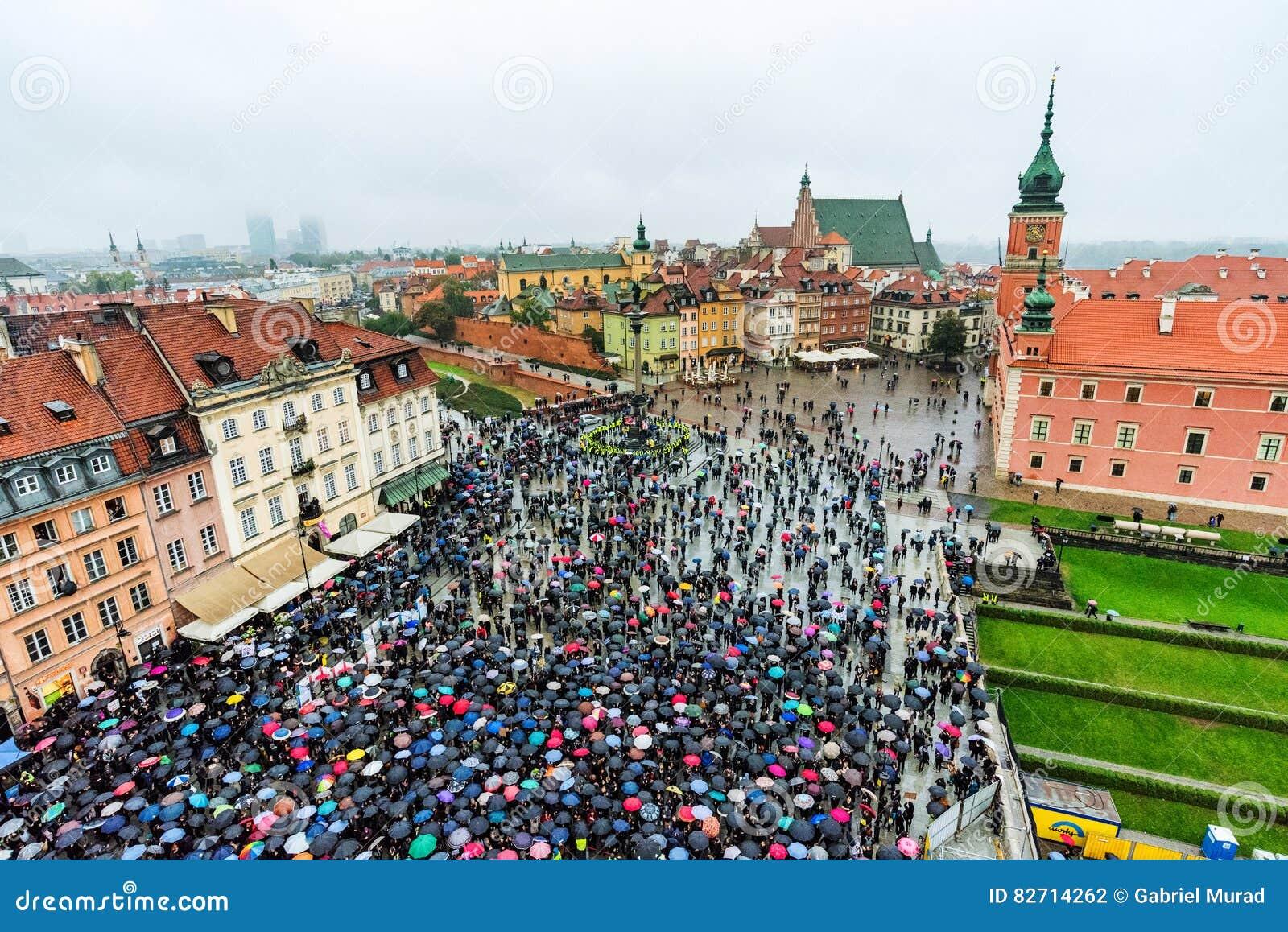 华沙抗议在老镇区域
