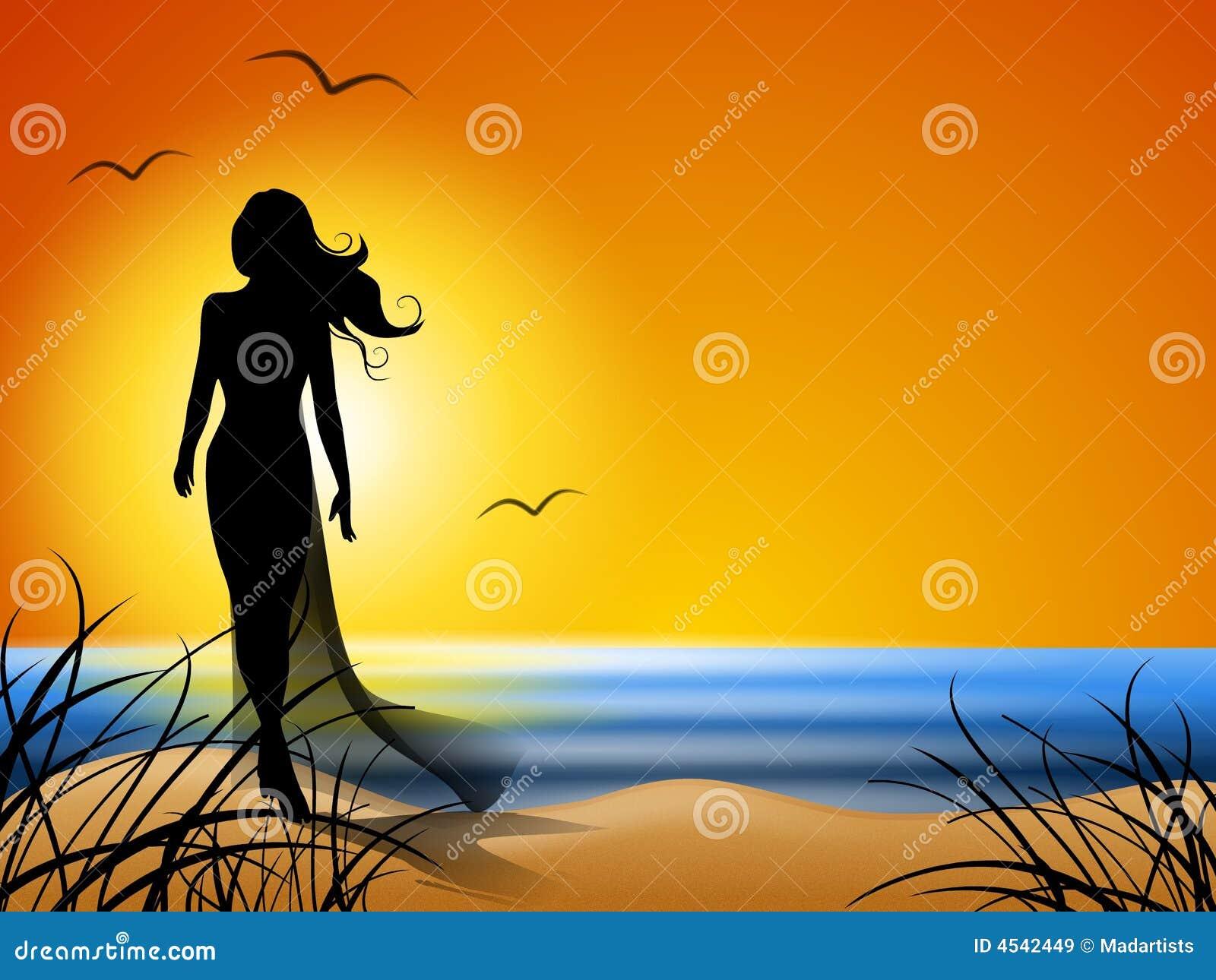 单独海滩走的妇女