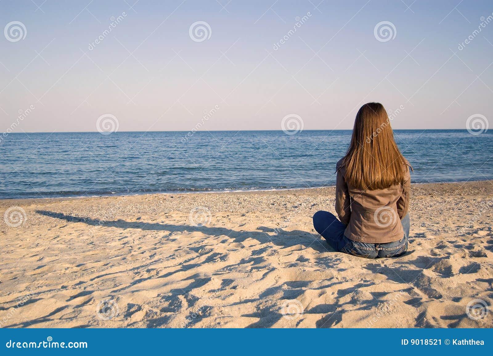 单独海边妇女年轻人